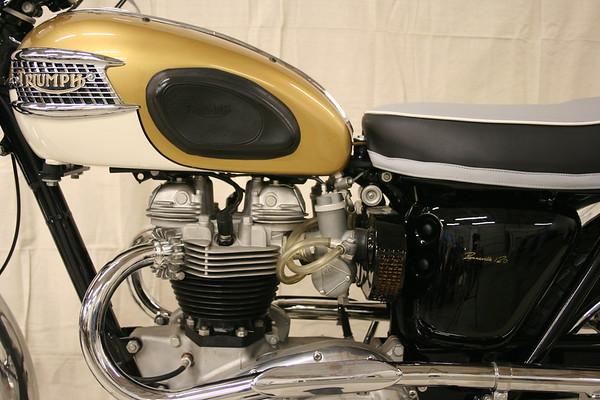 1964 Triumph T120C  (Chitwood)