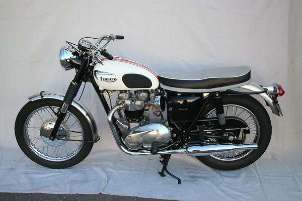 1966 Triumph T120R (Wedlake)