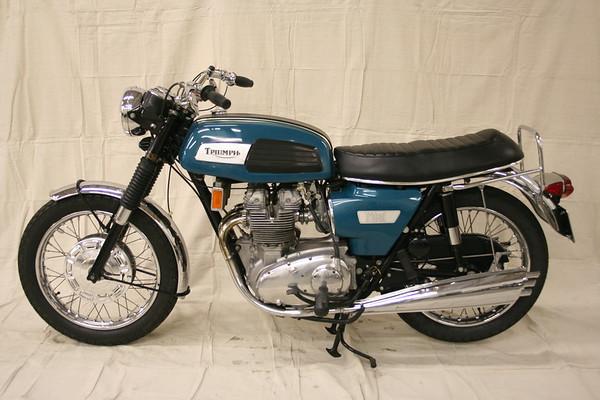 1969 Triumph Trident T150 (original)
