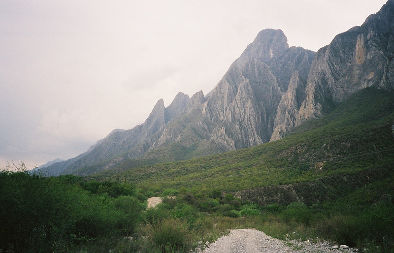 Entering Huasteca canyon from the south