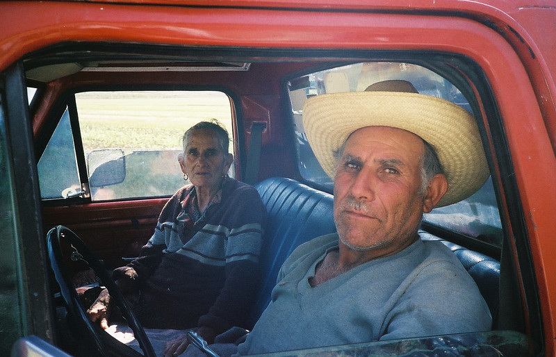 Leaving Laguna de Sanchez, I ran into Eulalia Sanchez & Herman on the road.  They were harvesting napoles.