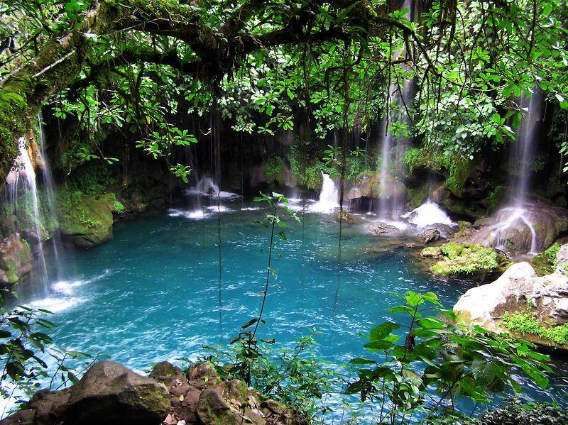 Springs and waterfalls.  Puente de Dios, Tamasopo, SLP