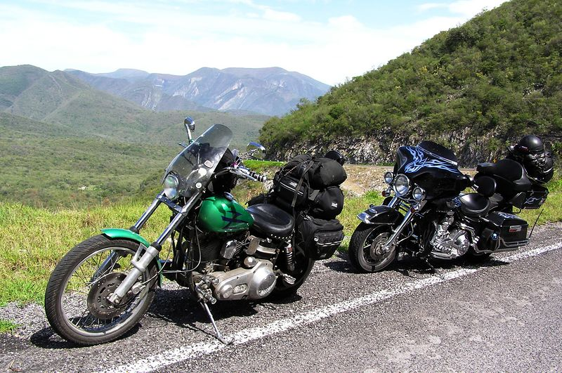 the Green Hornet & Black Beauty (aka Beauty & the Beast), the road out of Ciudad Victoria