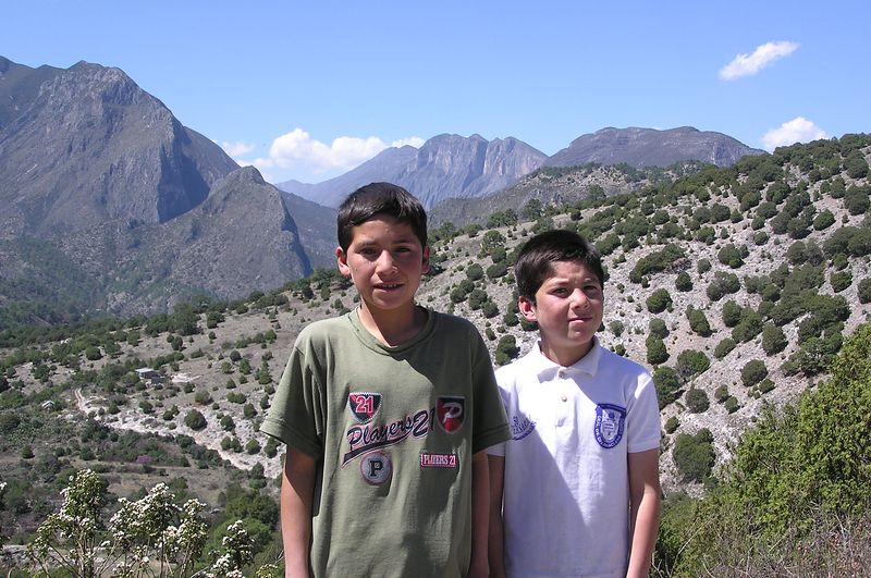 Just a couple of kids near Laguna de Sanchez, in the mtns south of Monterrey that I love.  Fermine & Marcos La Cruz.