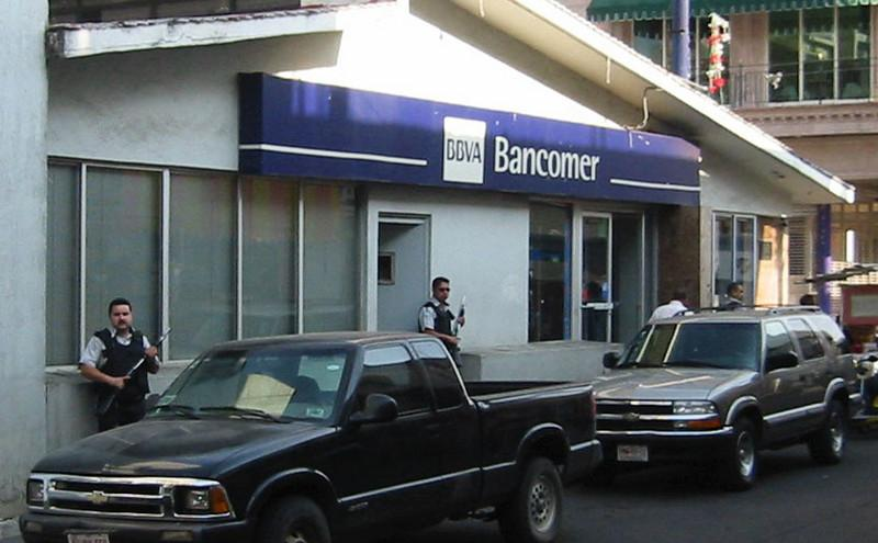 Taking bank robbery seriously in Mexico