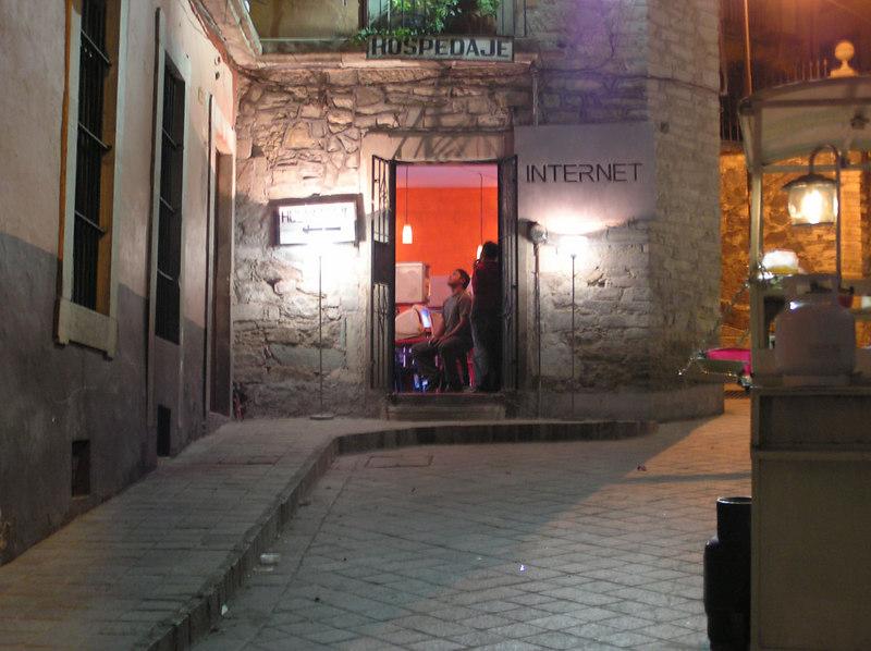 The ubiquous Internet Cafes<br /> Guanajuato