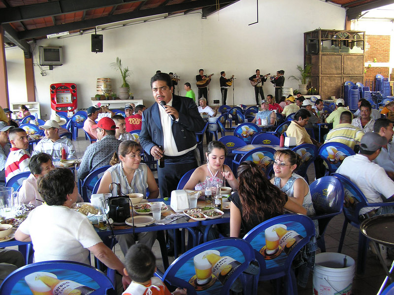 Lindo Michoacan Folklorico restaurant<br /> Uruapan, Michoacan<br /> What a fun place!  They sold beer by the buckets, 20 bottles per bucket