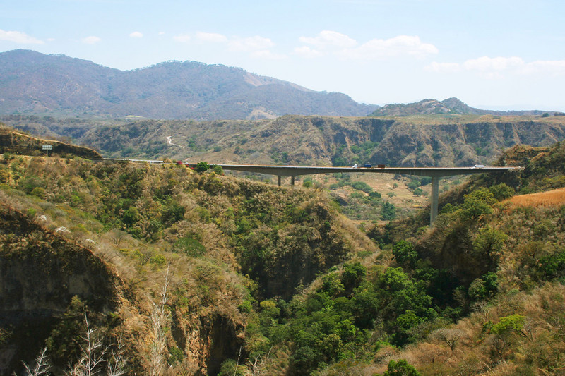 Mexican <em>cuota</em> (toll) road connecting Guadalajara to the Pacific coast and Manzanillo