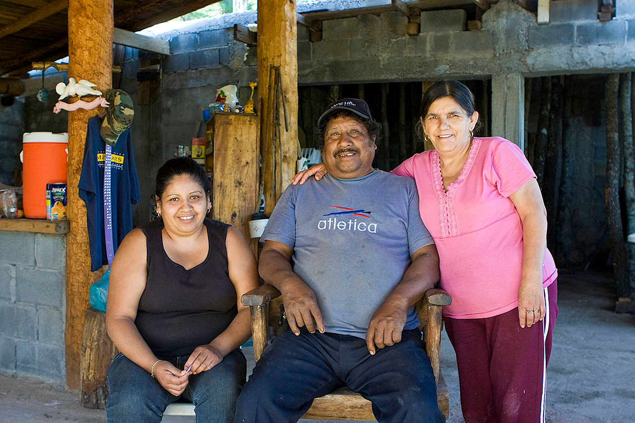 "Narciso (""Cizo"") Hernandez, Portrero Redondo<br /> His house is at the trailhead to Chipitin falls 45 min hike away"