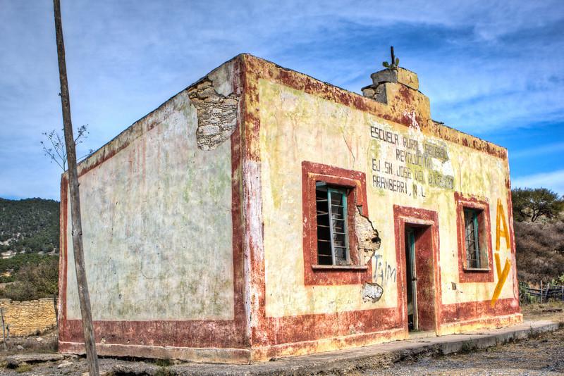 Old school house, at San Jose del Jilguero, near Milpillas