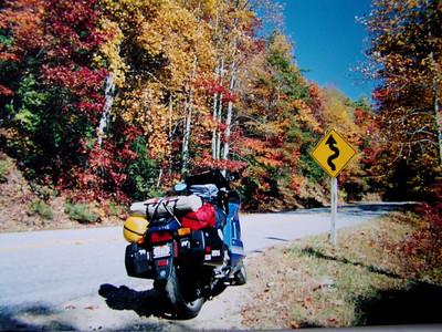 GA  Georgia  Wolf Pen Gap Rd, near Suches, GA, oct 2000