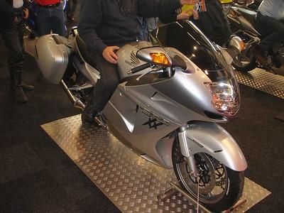 Blackbird leverbaar met Honda zijkoffers