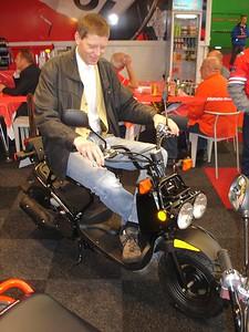 Yury op de nieuwe toerbuffel van Honda, past als gegoten...