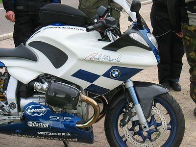 Theo's BMW R1100S race replica.