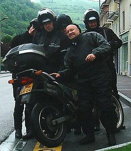 """Het wereldkampioenschap """"hoeveel Motorisationers passen er op een Transalp"""" is begonnen!"""