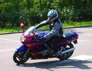 Bas, ZZR600 maar eigenlijk Harley wannabee