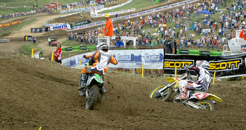 RC hammers the throttle while James gets cross rutted....