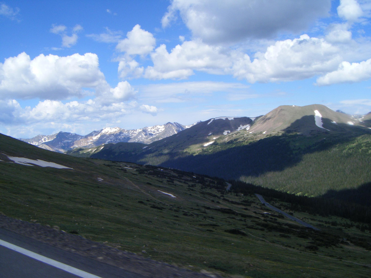 Beartooth Hwy 212 into MT from Yellowstone