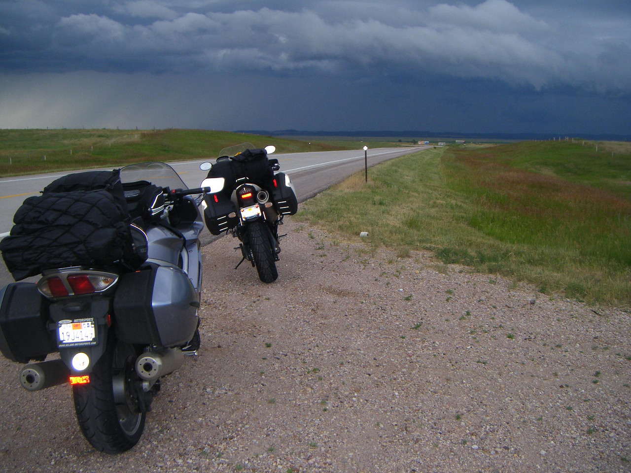 Front passing thru brought some awesome rain riding into Hot Springs SD