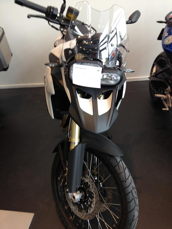 BMW F800GS model 2013. Bij Antwerp Moto Store.