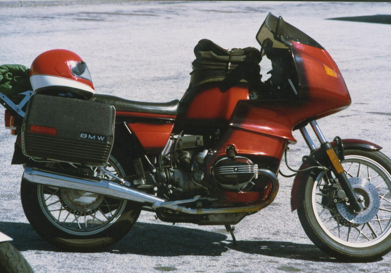 1982 R-100RS