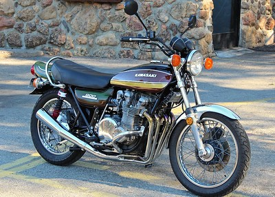 1975 Kawasaki KZ900.  Same as the one I had but mine was not in mint condition.  Just had for a short period in 1989-1990 as a project that never happened.