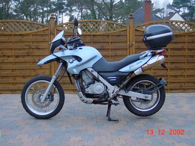 BMW F650GS - Linker zijaanzicht