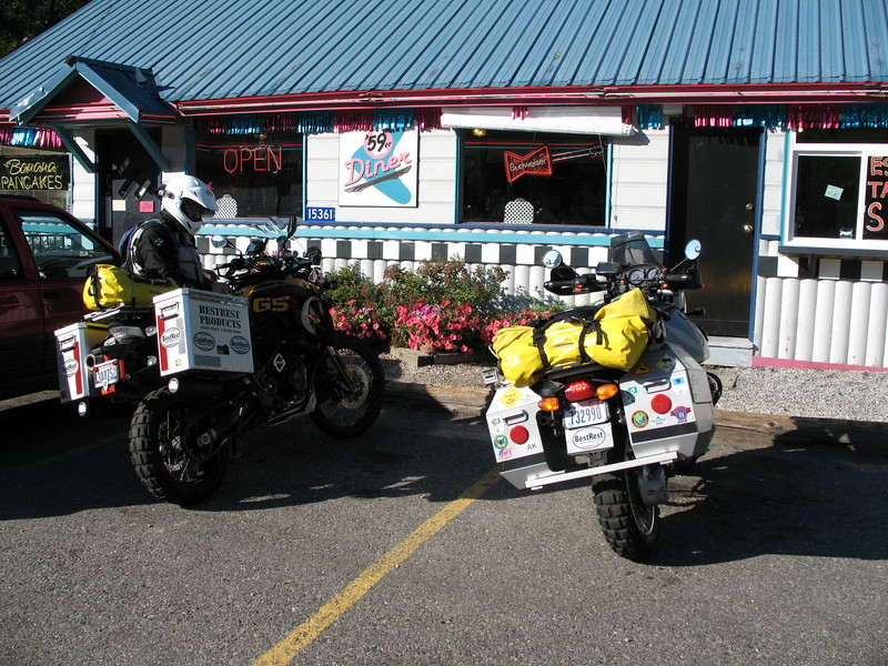 Breakfast at the 59'R Diner on Hwy. 2 near Lake Wenatchee