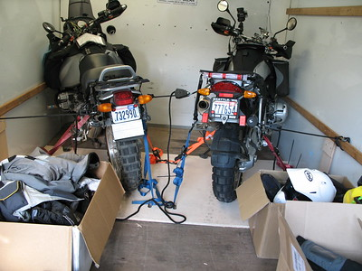 """David strapped the bikes down to a sheet of 3/4"""" plywood. Solid as a rock all the way to Tucson"""