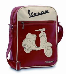 Schoudertas Vespa 50 Rosso, € 39,00. gekocht bij Vespashop Kapellen, zie http://www.vespashop.be
