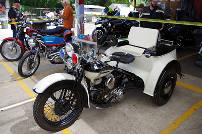 Nice old Harley Servi-car