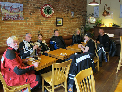 Coffee stop at the Copper Eagle - Andy, Don, Sharlene, Mark, Lisa, Kathleen and Filip