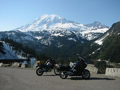 Rainier w bikes