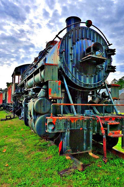 Rusting steam locomotive at Alabama Mining Museum, Dora, AL (shot in HDR mode with Panasonic LX3)