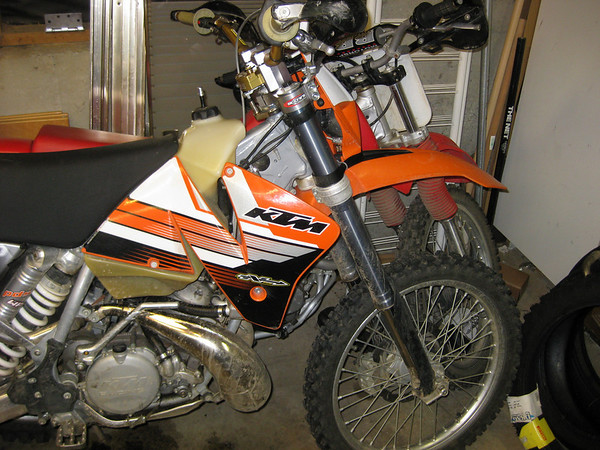 300EXC and XR200