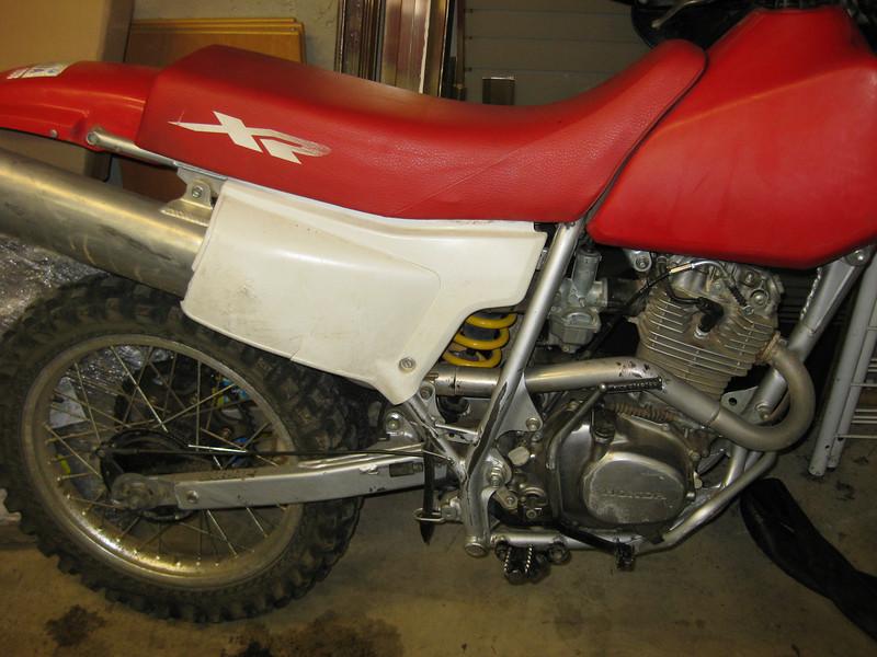 2001 XR200R back half