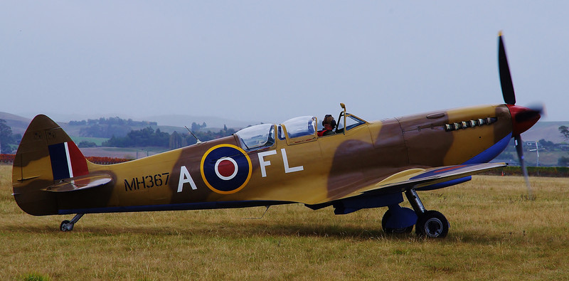 Dual seat Spitfire, Omaka Classic Fighters, 2011