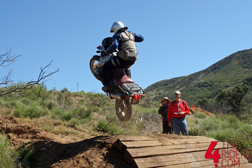 bmw gs catching air