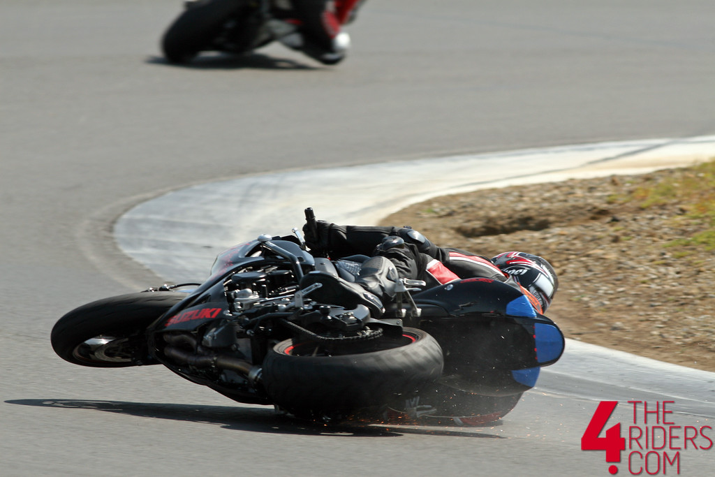 gsxr crash at thunderhill turn 14