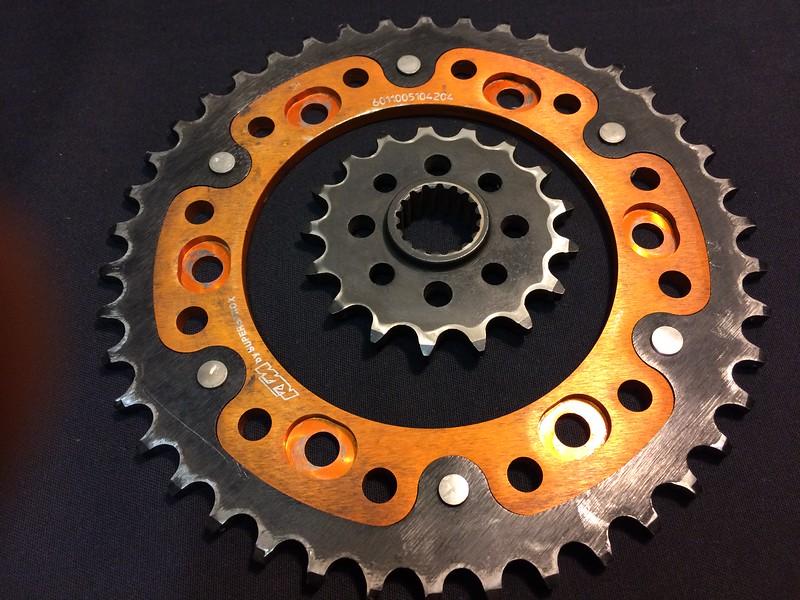 KTM SuperSprox 42 tooth / KTM steel 17 tooth