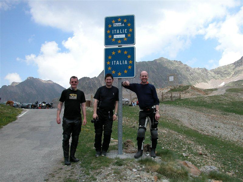 Italian Border - Paul, Richard & Cooperman