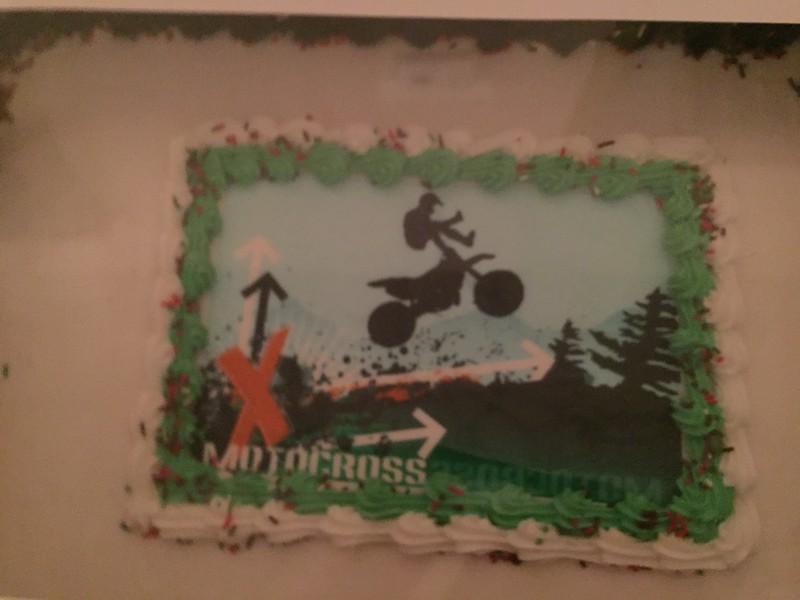 PB500 Banquet Cake
