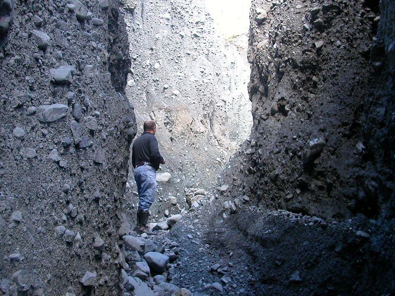 Roge in between Pinnacles