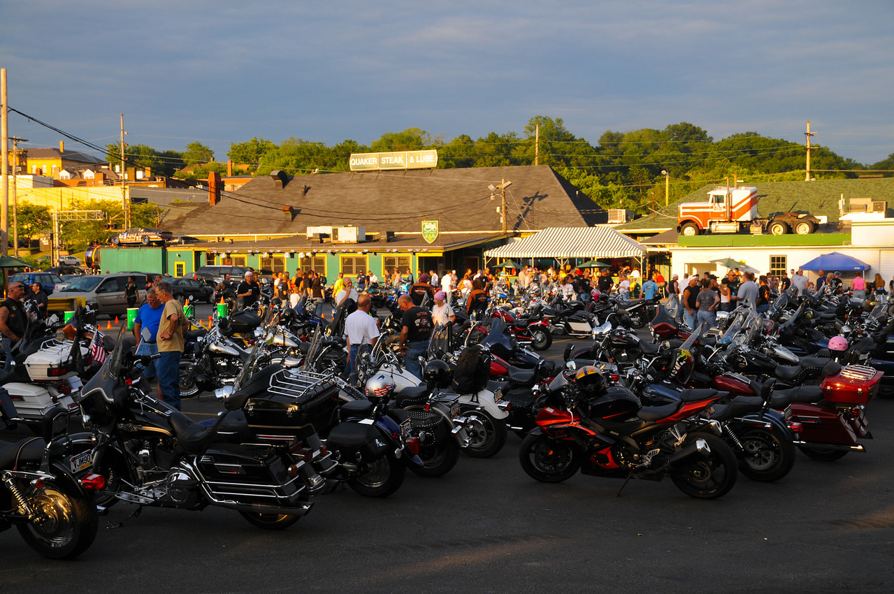 Quaker Steak Bike night-12