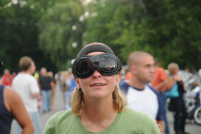 Jen goggle