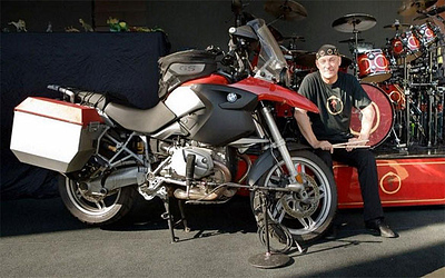 Neil Peart is a Canadian musician and author. He is best-known as the drummer and lyricist for the rock band Rush. http://www.neilpeart.net http://www.rush.com/