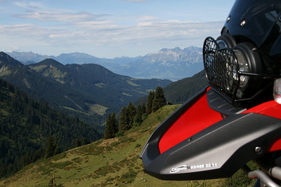 R1200GS - Lechtal, Austria Photo by Danny (RUSOR - http://forum.bmw-mc-vl.be)