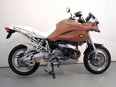 Custom modified BMW R1200GS, the GS-M by Machineart Moto  www.machineartmoto.com GS-M R1200GS design in clay