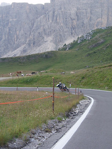 Dutch R1200GS rider Els in the Dolomites, Italy