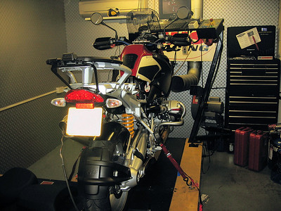 The 'Dyno' (Dynamometer) - Dynojet Model 250 Load-Control Dynamometer and the Dynojet real-time Air/Fuel Ratio module at JHS Racing See here for R1200GS PCIII installation instructions:  http://www.motorcycleinfo.co.uk/index.cfm?fa=contentGeneric.sfjsxqzbkjrcgwel&pageId=425926
